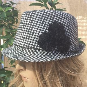 Accessories - Black and White Gingham Fedora